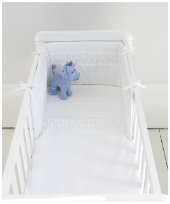 Mothercare White Pleat Crib Bale