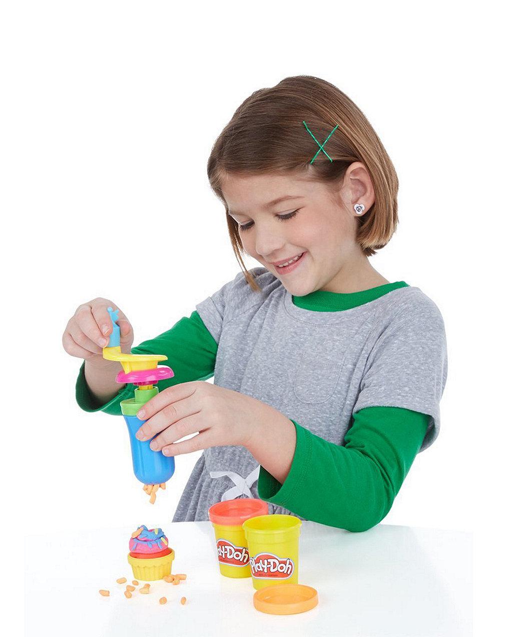 Play-Doh Cupcake Celebration Playset. Loading zoom