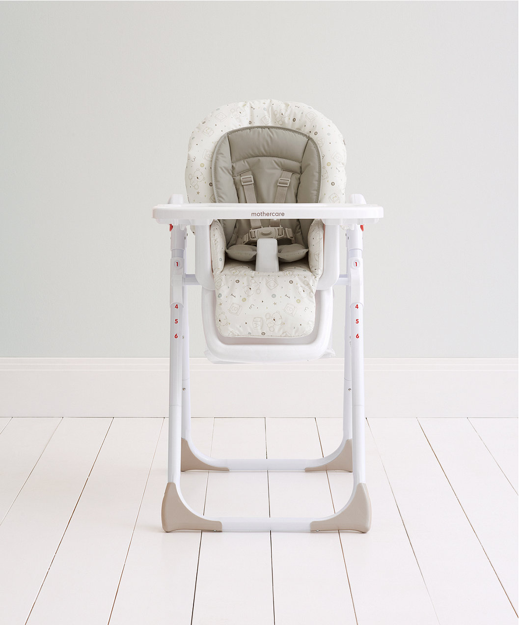 26d0bb94d09 Teddy s Toy Box Highchair. hover over image to zoom